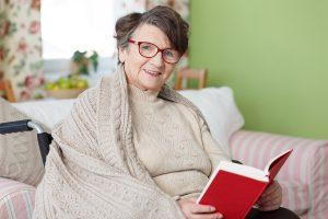 5 Things That Make Seniors Feel Cold